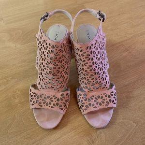 Via Spiga Blush Pink Laser Cut Suede Sandals 8